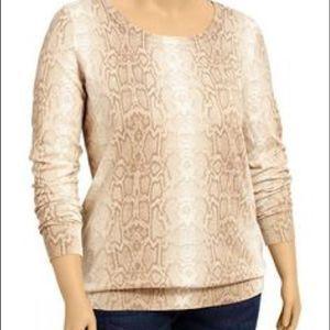 OLD NAVY Pur spring 3/4 sleeve pullover Medium